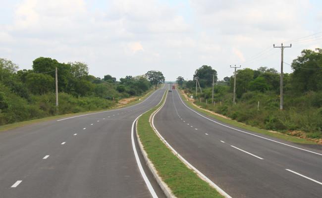 34-Hambantota–Gonnoruwa–Meegahajandura-Road-06