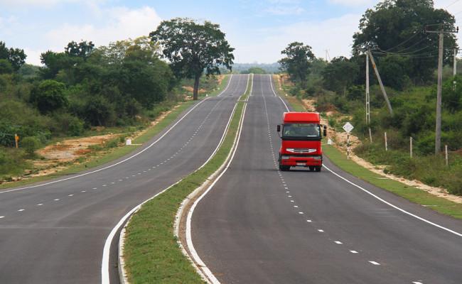 34-Hambantota–Gonnoruwa–Meegahajandura-Road-15