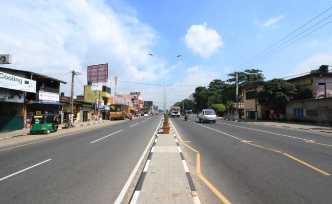 06-B-001-road-04