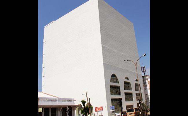 104-Ranjanas-Shopping-Complex-02