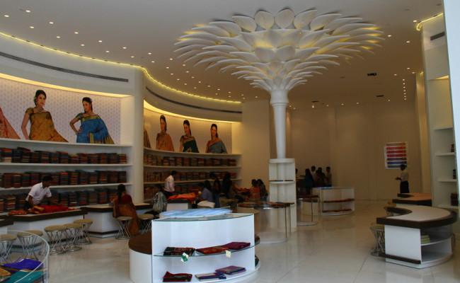 104-Ranjanas-Shopping-Complex-04