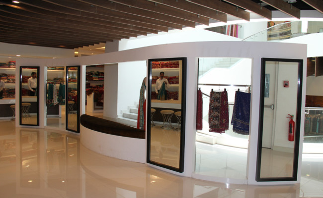 104-Ranjanas-Shopping-Complex-05