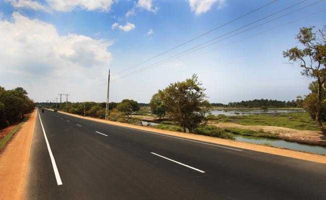 32-Palavi–Kalpitiya-road-01