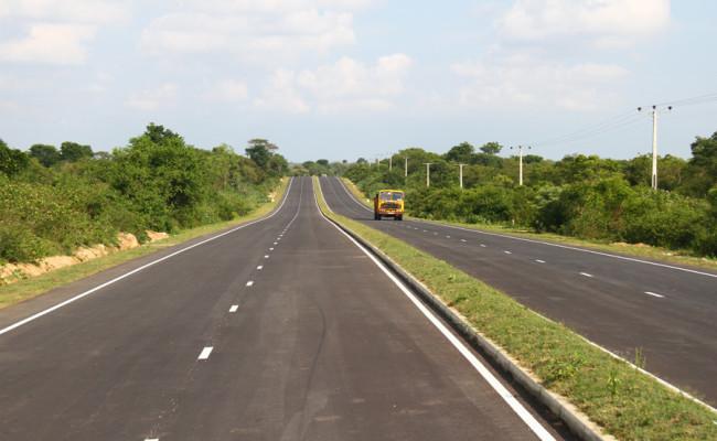 34-Hambantota–Gonnoruwa–Meegahajandura-Road-08
