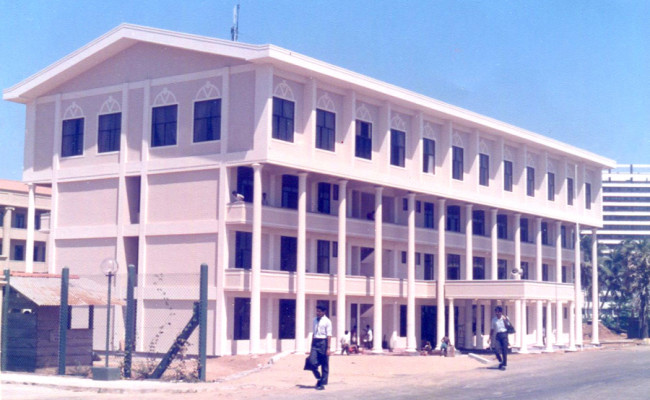 42-Army-Commanders Secretariat-01